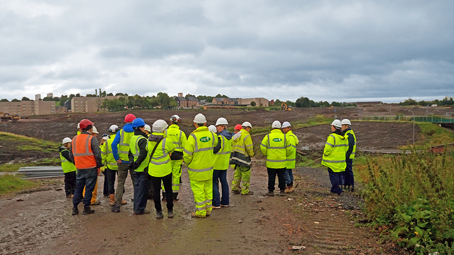 VHE take delegates of the SCLF on Sighthill site visit